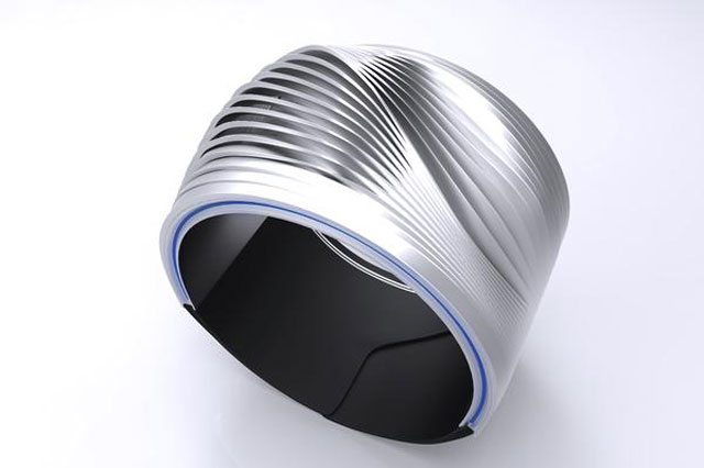 Wristify, the bracelet which is a personal cooling and heating system.